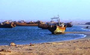 El cementerio de barcos de Nouadhibou - nouadhibou-08-300x183