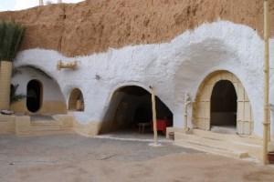 Matmata, las casas cueva de los bereberes - tunisia-411438_1280-300x200