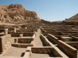 Deir el-Medina: la ciudad de los artesanos - 49382bb1-d731-48d0-99b4-e015b0371d85-300x225