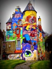 Kelburn: el castillo de los grafitis - 33ce1a7b9cb615e3b1c3c93884db8140-225x300