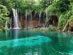 Lagos de Plitvice (Croacia) - parque-nacional-de-los-lagos-de-plitvice-300x225