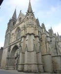 Vannes, joya vetona del Morbihan - The-Cathedral-of-SaintPierre-250x300