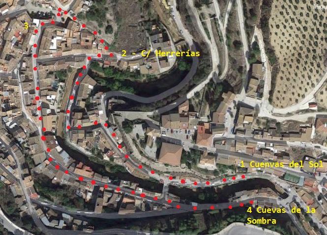 Setenil de las Bodegas - Recorrido saliendo de la calle Cuevas del Sol hacia la calle Herrerías.