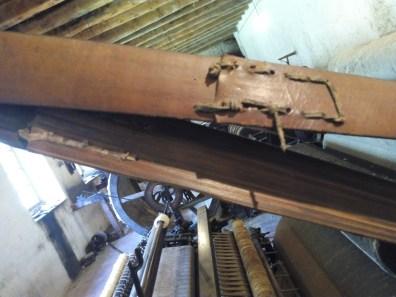 La Fábrica de Lana - Las correas se reparaban con cintas de cuero.