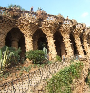 Los Jardines Artigas - Parque Güell. Trencadis