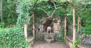 Los Jardines Artigas - Pérgola del león