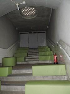 Estación Fantasma de Chamberí - Antiguas escaleras y tragaluz a la calle