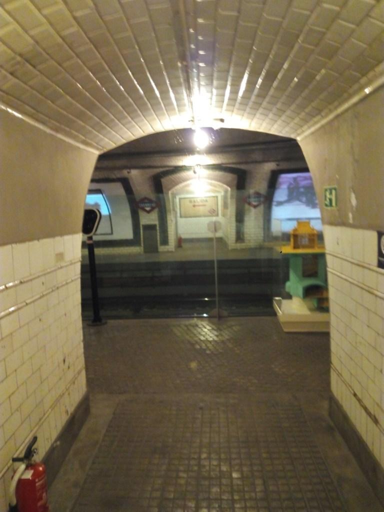 Estación Fantasma de Chamberí - Acceso a las vías