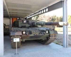 Museo de Carros de Combate - Obsérvese el protector térmico del cañón y los dispositivos de visión