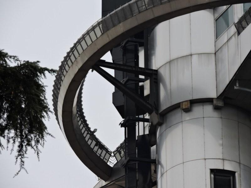 Faro de Moncloa - El deambulatorio sí que sería una atracción