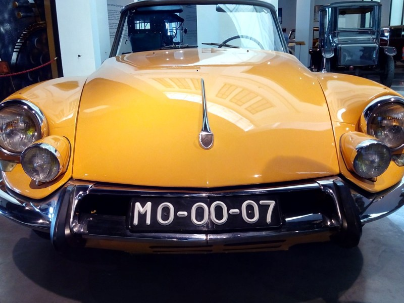 Museo Automovilístico - Citroen DS Tiburón (Francia - 1963)