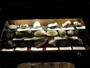 Museo Farmacia Militar - Minerales utilizados en farmacia