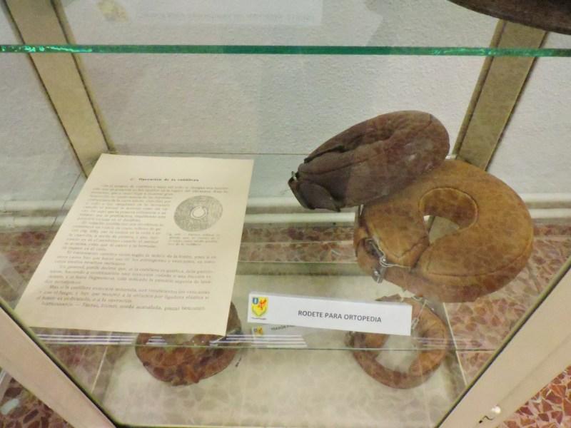 Museo Veterinaria Militar - Prótesis para proteger las extremidades del caballo con determinadas tumoraciones de las patas.