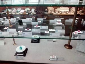 Museo Histórico-Minero - El museo incluye muchas piedras preciosas, o semi-preciosas, como esta colección de turmalinas.