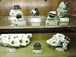 Museo Histórico-Minero - Distintas piritas de la mina riojana de Navajún.