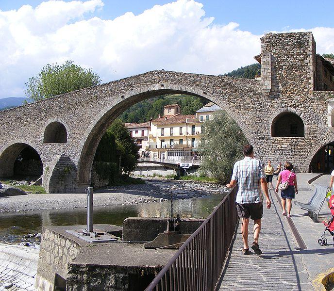 Superlópez en Camprodón - Puente Nuevo sobre el río Ter (2).
