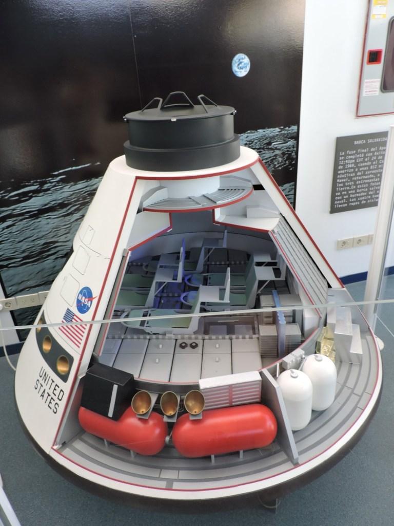 Deep Space Network - Red del Espacio Profundo - Madrid - Módulo de mando del Apolo XI, con el que amerizaron en el océano Pacífico.