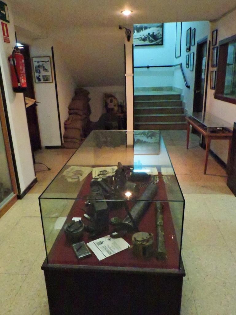 Museo División Azul - Distribuidor central de la planta baja.