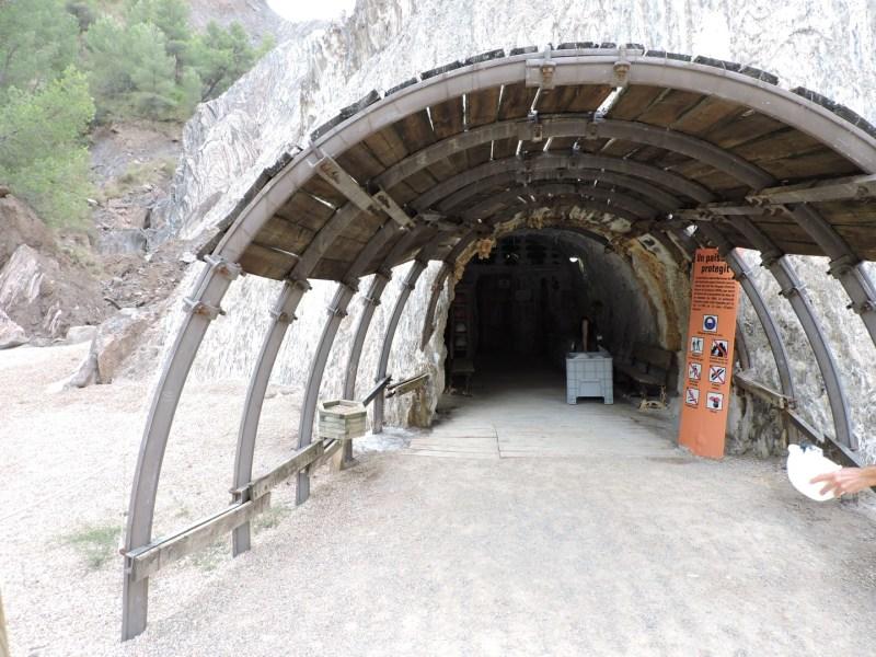 La Montaña de Sal - Acceso a la mina.