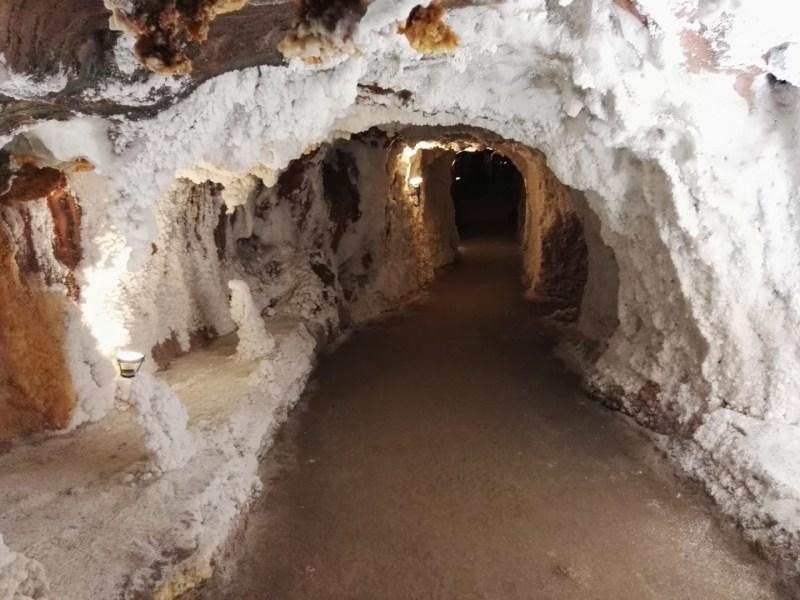 La Montaña de Sal - Pasillos habilitados para la visita.