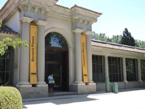 Jardín Botánico Madrid - Entrada principal al Edificio Villanueva.