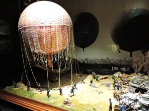 Museo del Aire - Preparación de un globo aerostático.