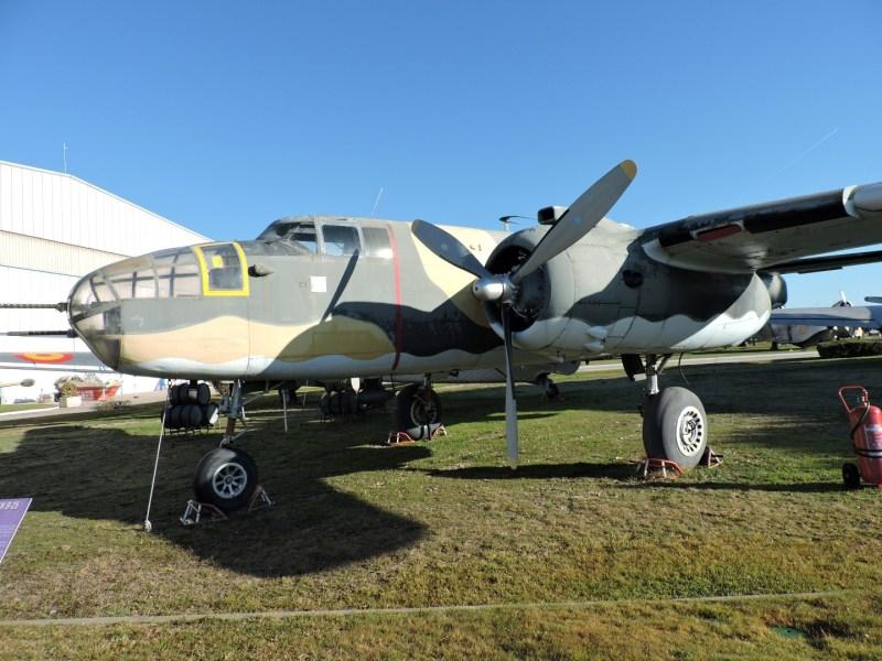 """Museo del Aire - North-American B-25 """"MItchel"""". Bombardero del que se llegaron a fabricar cerca de 10.000 unidades de este avión, que participó en todos los escenarios de la IIGM."""