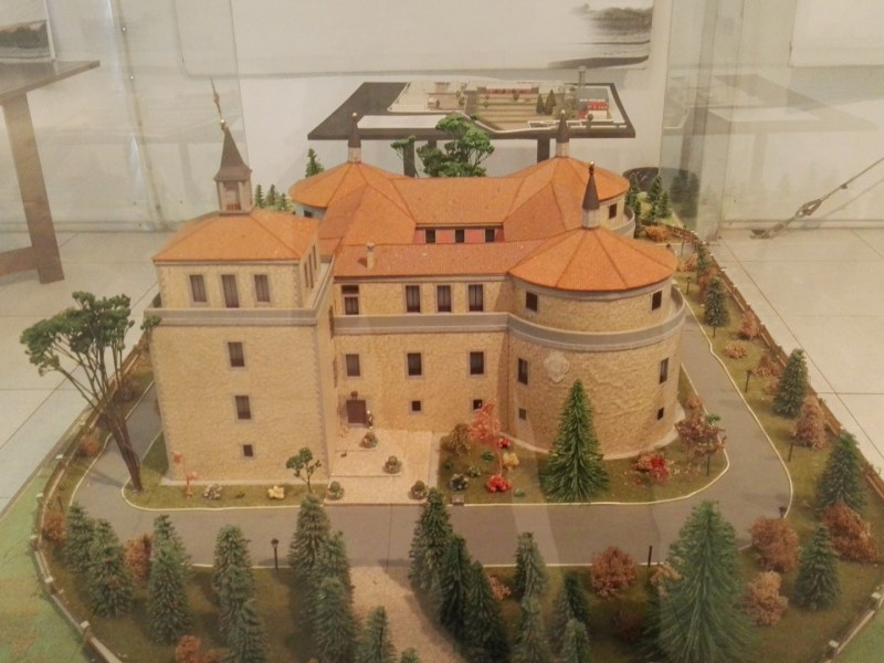 Museo del Aire - Castillo de Villaviciosa de Odón, sede del Archivo Histórico del Ejército del Aire.
