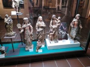 Museo Religioso-Paleontológico - Tallas policromadas de madera (S. XVI y XVII).