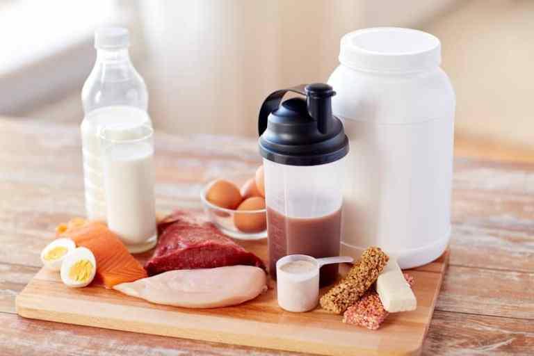 Varios alimentos que contienen proteína
