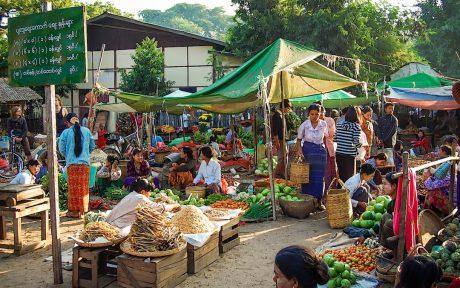 Mercados Bagan templos ruinas Burma
