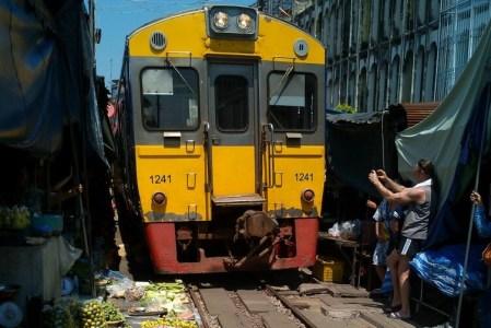 mercado del tren Bangkok mae klong