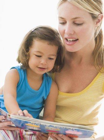 Niños aprenden a leer en inglés