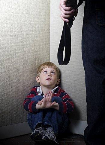 El abuso de los padres a los hijos