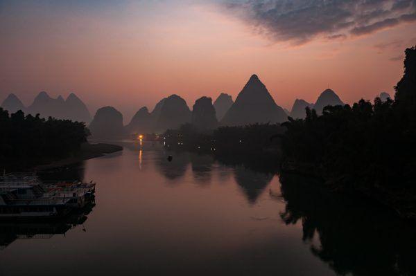 amanecer en Yangshuo