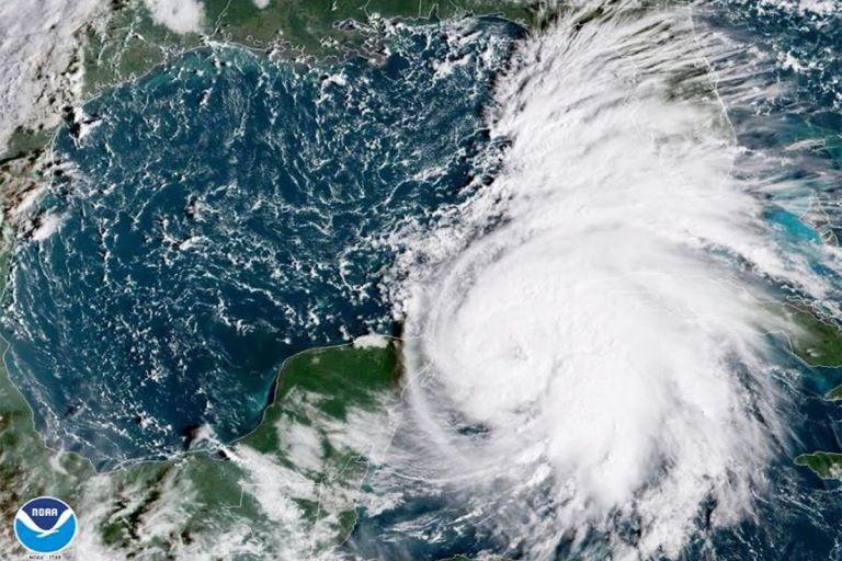Qual a época de Furacões em Cancun