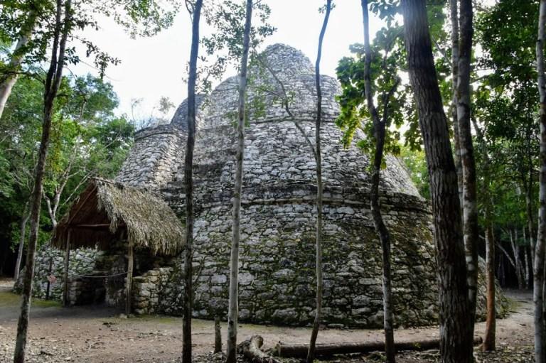 Templo Oval Riviera Maya