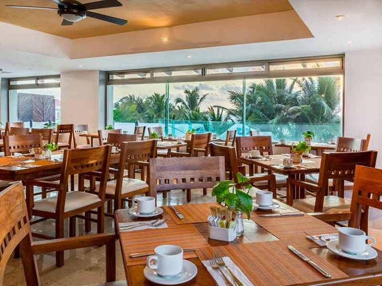 La Fuente Restaurant Hotel Flamingo Cancun