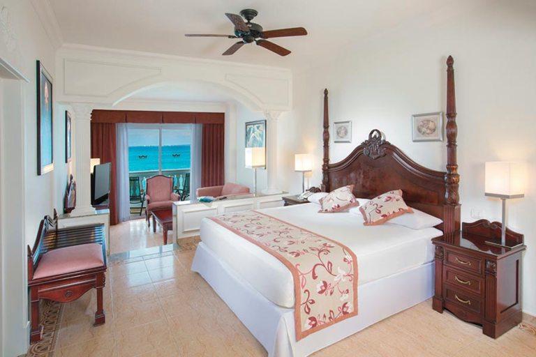 Jr. Suite Ocean View Riu Palace Las Americas