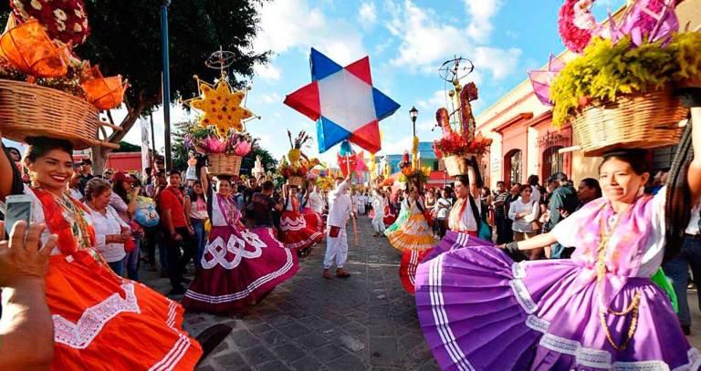 Danças tradicionais da Guelaguetza