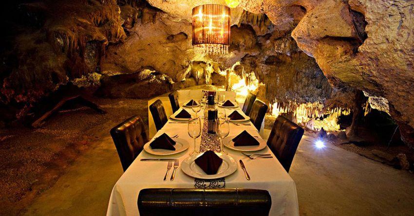 Restaurante na caverna em Playa del Carmen