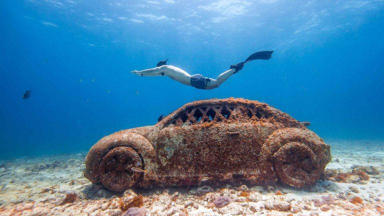 Muse8u no fundo do mar Cancun
