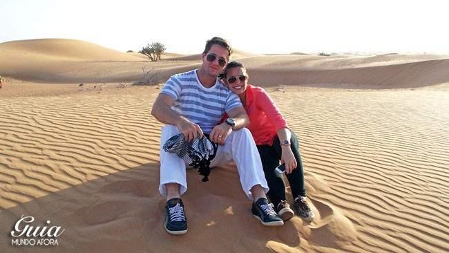 Casal no Safari no Deserto em Dubai