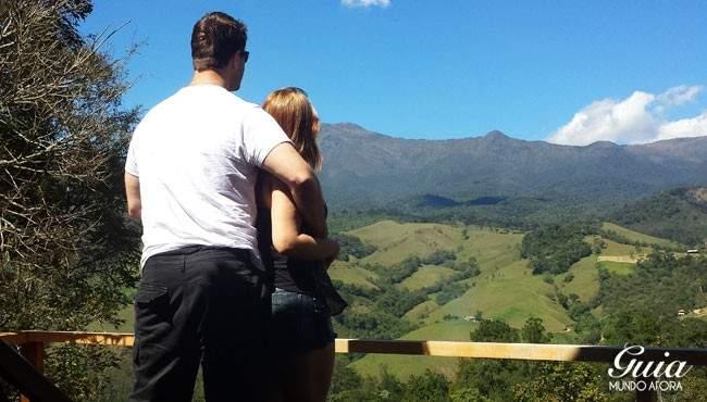 Casal em Visconde de Mauá