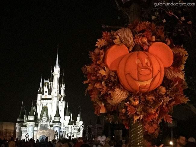 Decoração Magic Kingdom Halloween