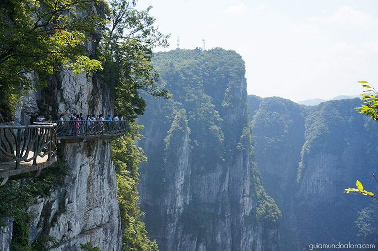 Penhascos da Tianmen Mountain