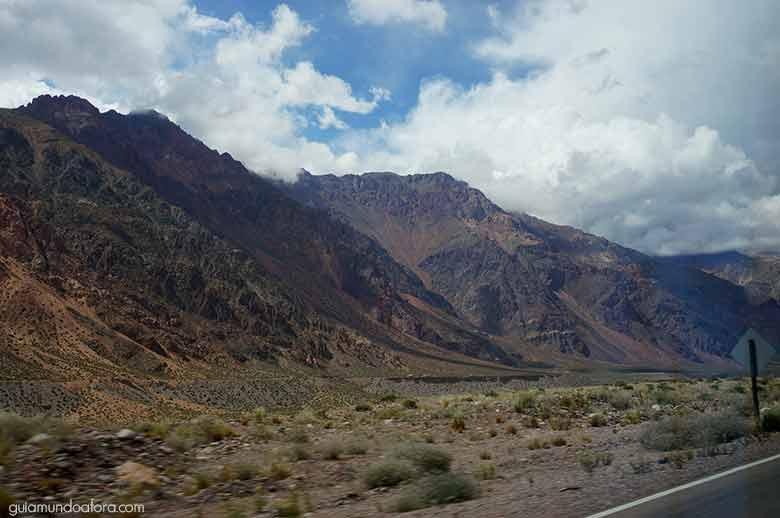 Estrada para Aconcagua Mendoza
