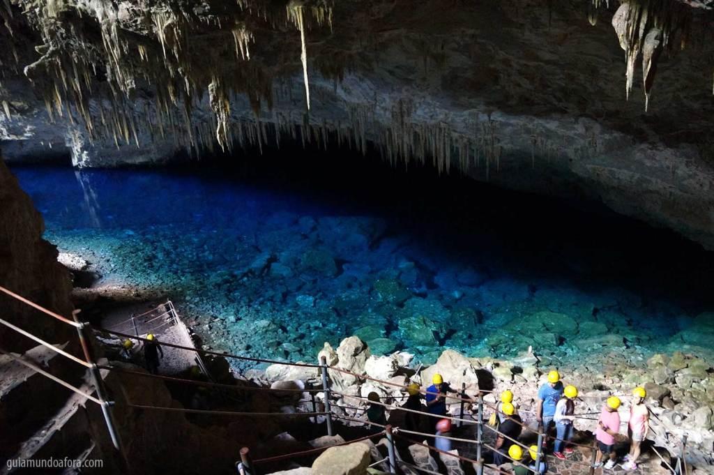 Gruta do Lago Azul