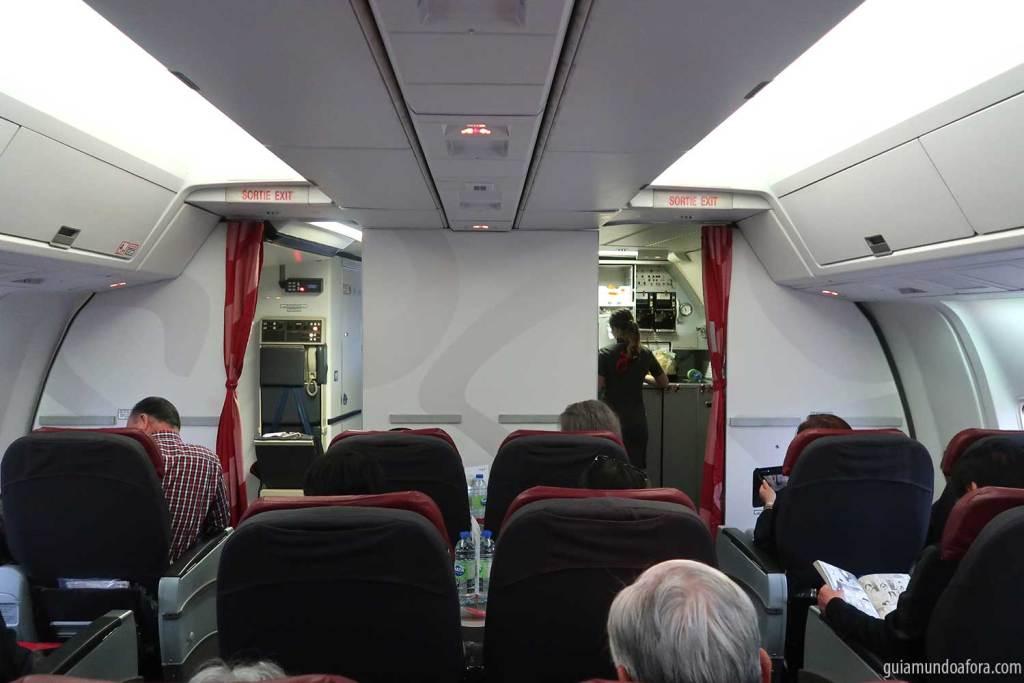 Assentos da Economy Premium da Air Canada Rouge