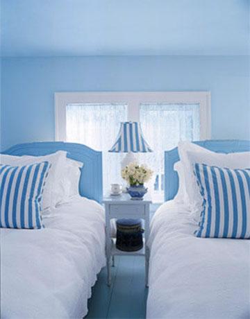 Habitaciones en celeste y azul